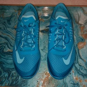 Nike Women's Fitsole Athletic Sneakers-Size 10